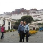 Joyce and Tom in front of Potola Palace 02