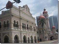 colonial building 04