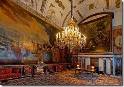 Royal Palace Room 2