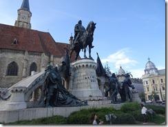 Cluj Unirii Plaza statue