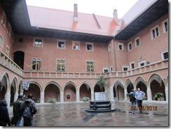 Krakow univ courtyard