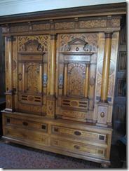 Cochem castle-cabinet