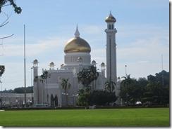 Omar Ali Saifuddien Mosque 03
