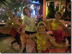 Joyce-and-Thai-dancing-ladies_thumb