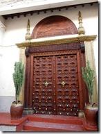 Door 08