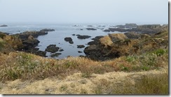 Glass Beach-cliffs
