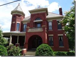 Lynchburg-house (4)