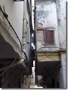 narrow street 02