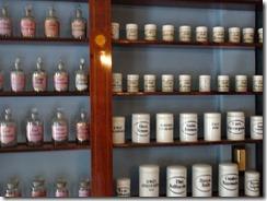 Qwensel pharmacy 02