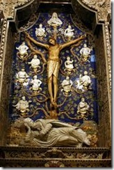 crucifix chapel 02