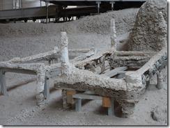 Akrotiri bed