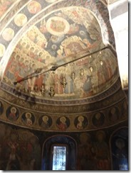 Bucharest Stavropoleos Church inside 02