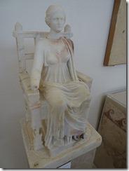 Delos lady in chair
