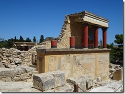 Knossos North Pillar Hall 02
