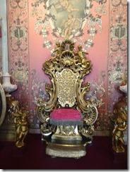 Isola Bella throne room