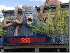 wisconsin Dells town gorilla